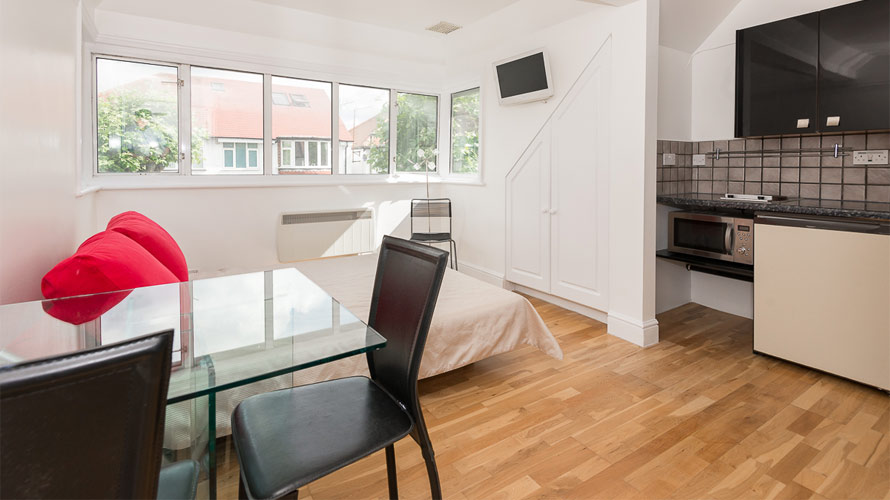 Flat 4, 17 Temple Gardens - Image