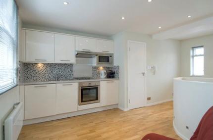 First Floor Flat, 285 Brompton Road - Image